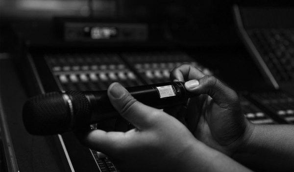 Wireless Microphone Transmitter