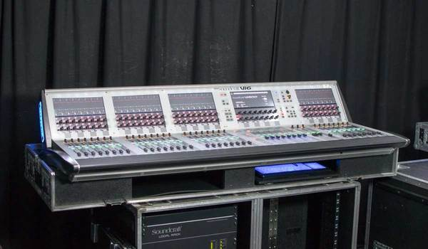 Buy Ex Hire Soundcraft Vi600 Digital Mixing Console Package UK